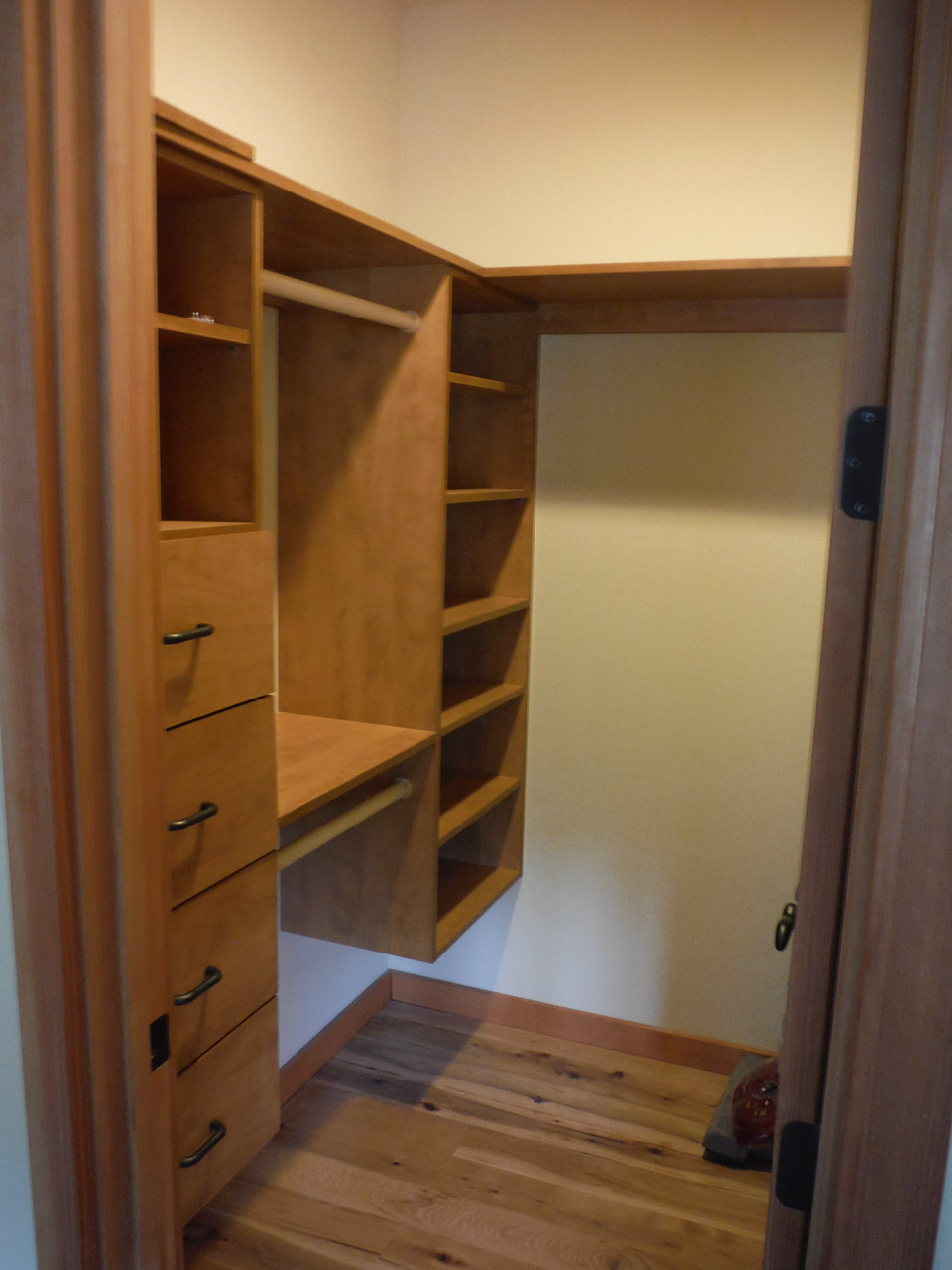 Kc 39 s cabinetry gallery cabinets for homes remodels for Custom closet images