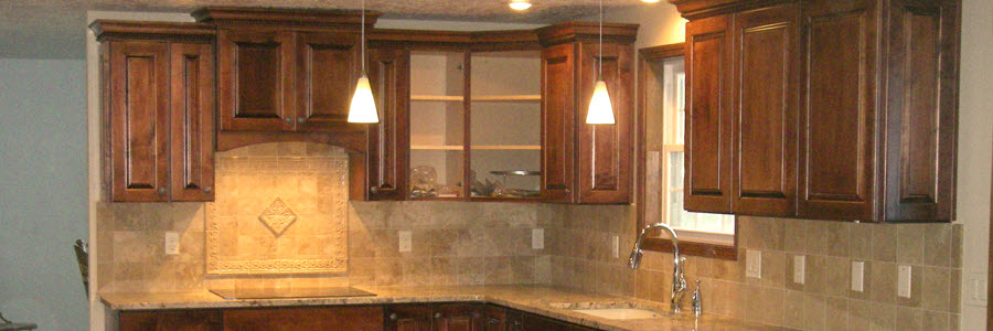 Traditional Kitchen & Bath Cabinetry